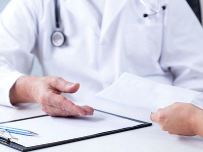定西看白癜风医院讲解白癜风常见的症状表现